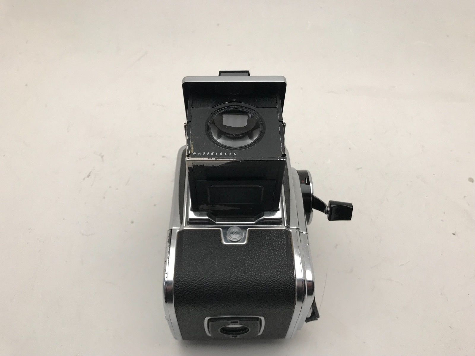Hasselblad 500cm complete with 100mm planar f3 5 lens and A12 chrome